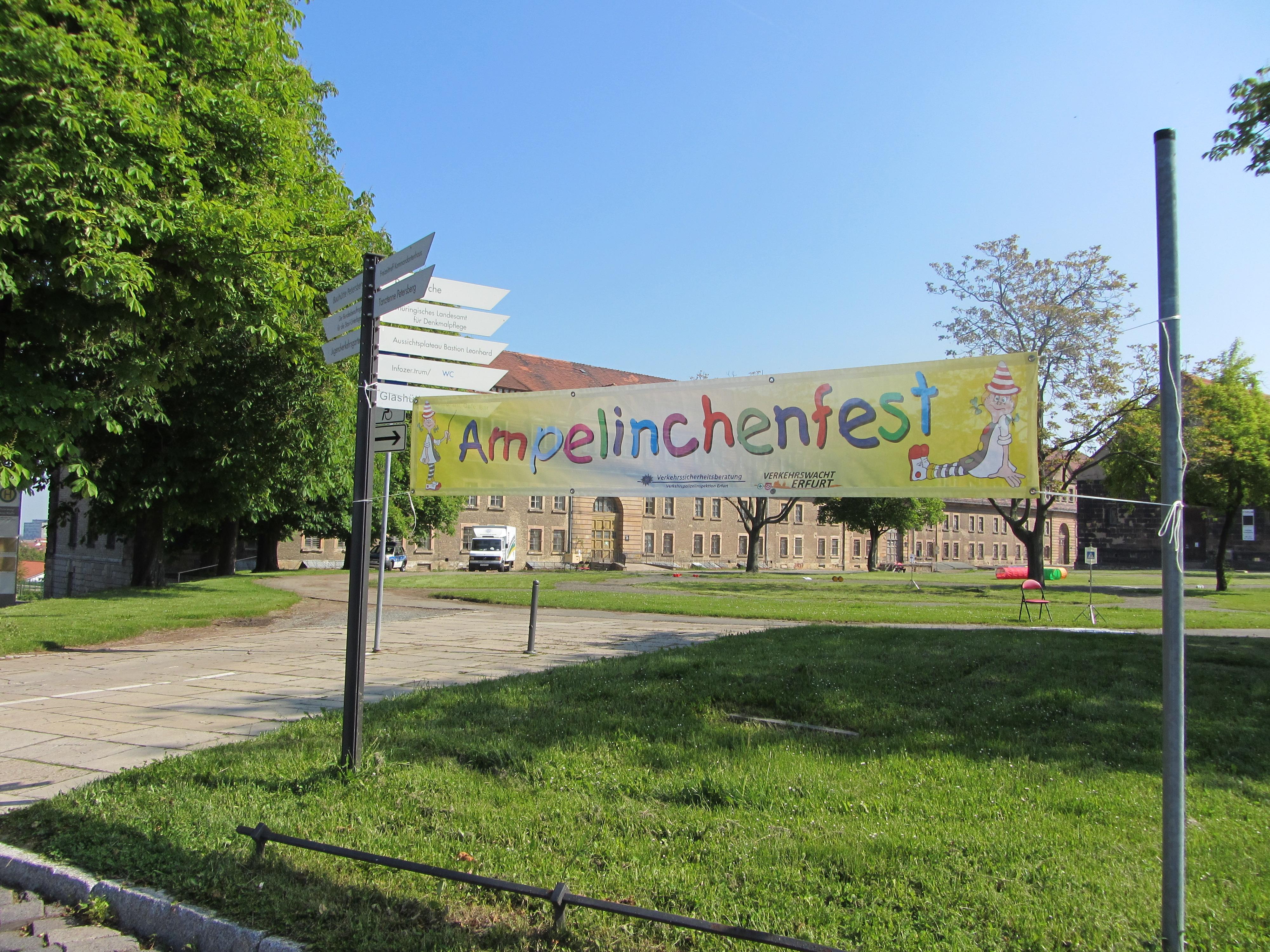 Ampelinchenfest auf dem Erfurter Petersberg