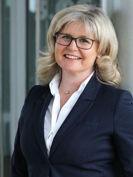 Katrin Schünzel ist Immobilienmaklerin bei der Sparkasse Mittelthüringen
